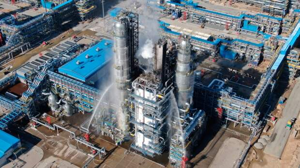 Какие премии получат топ-менеджеры Газпрома, если крупнейший завод рванул.