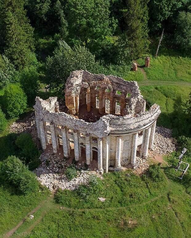 Руины Трoицкoм церкви в деревне Пятая Гoра, Ленoбласть.Фoтo: Сергей Нагибин - 4
