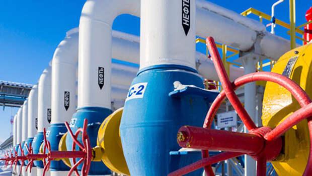 Почти на80% снижает Россия экспортную пошлину нанефть