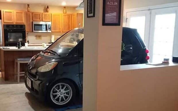 Может ли автомобиль Smart припарковаться на кухне? Ответ – да!