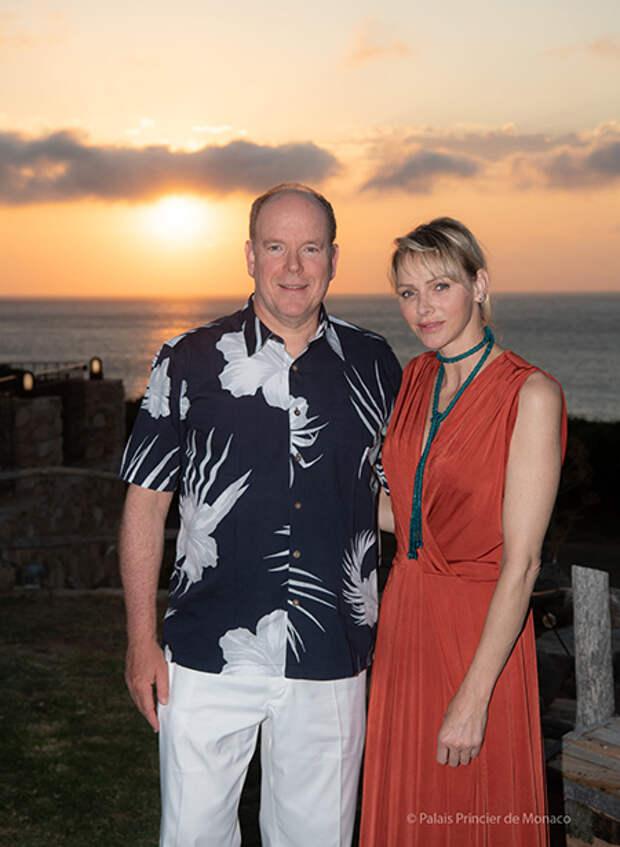 Князь Альбер и княгиня Шарлен поделились романтичными фото с празднования 9-й свадебной годовщины