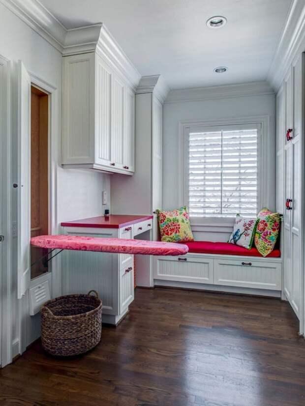 Идеи для хранения гладильной доски. Или 10 мест, где можно спрятать гладильную доску, фото № 11