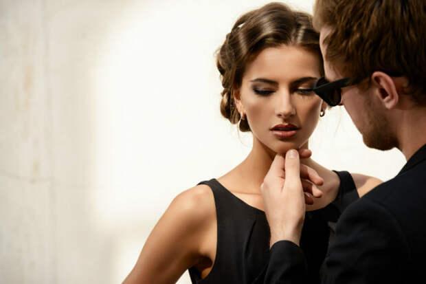 5 признаков того, что партнер пытается установить над вами тотальный контроль