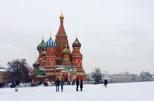 Власти Москвы не исключили введение обязательной вакцинации населения страны