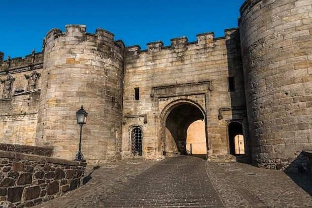 Мифы и заблуждения про замки