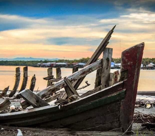 Современная Суматра. недалеко от этого места произошло кораблекрушение. Фото Alfa Fisabilillah