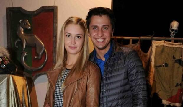 Муцениеце лишилась участия в спектакле из-за развода с Прилучным