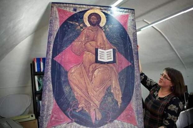 икона спас в силах в чем помогает