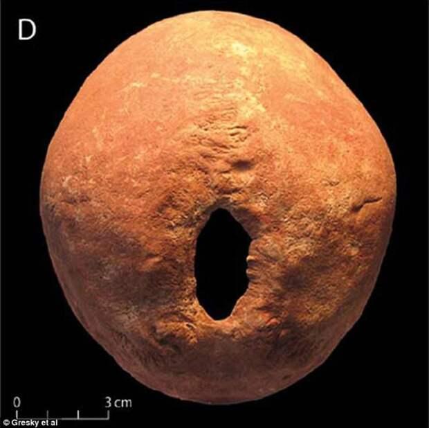 Дырки в человеческих головах: зачем их сверлили 11 тысяч лет назад?