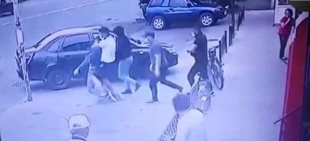 Групповое избиение вывезенного за пределы Талгара тренера расследуют как хулиганство (видео)