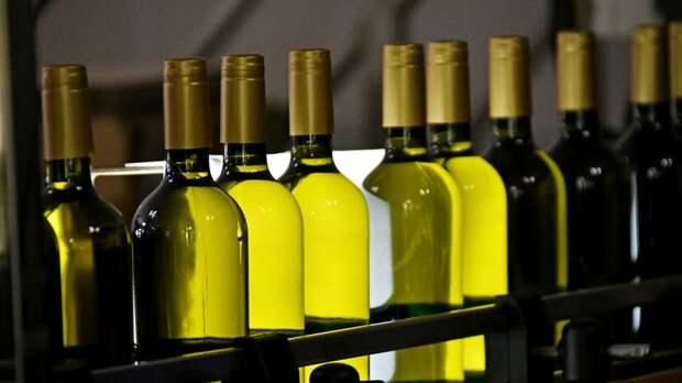 Роспотребнадзор изъял 33 тонны некачественного алкоголя в 2020 году