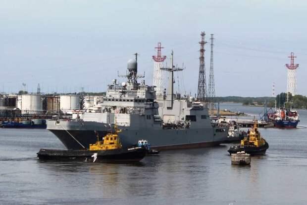 """Новейший БДК """"Петр Моргунов"""" завершил госиспытания на Балтике"""