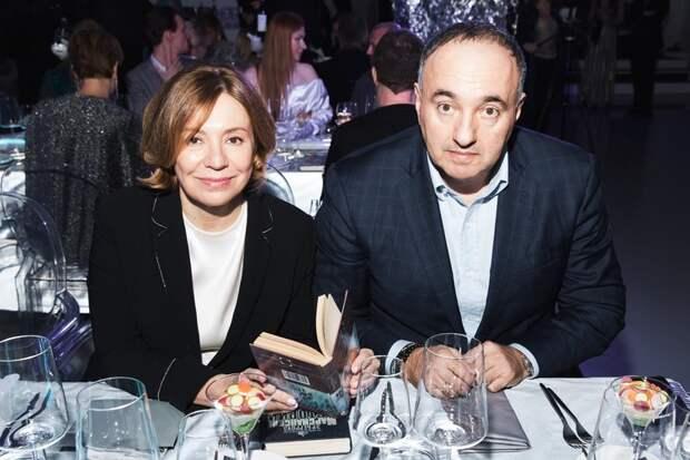 Иван Ургант, Ольга Карпуть и другие на благотворительном аукционе в Москве