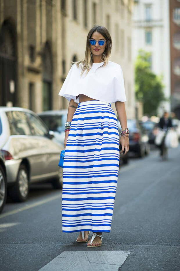 С чем носить юбку в полоску? Интересные варианты сочетаний
