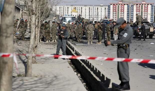 Девять афганских полицейских погибли при атаке талибов