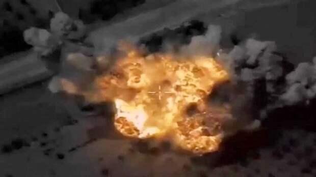 Истребители ВКС уничтожили укрытия с боевой техникой иностранных наемников в Сирии
