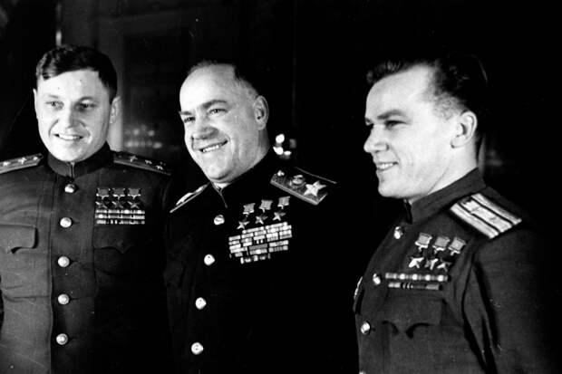 Три трижды Героя. А.И. Покрышкин, Г.К. Жуков, И.Н. Кожедуб. (1).jpg