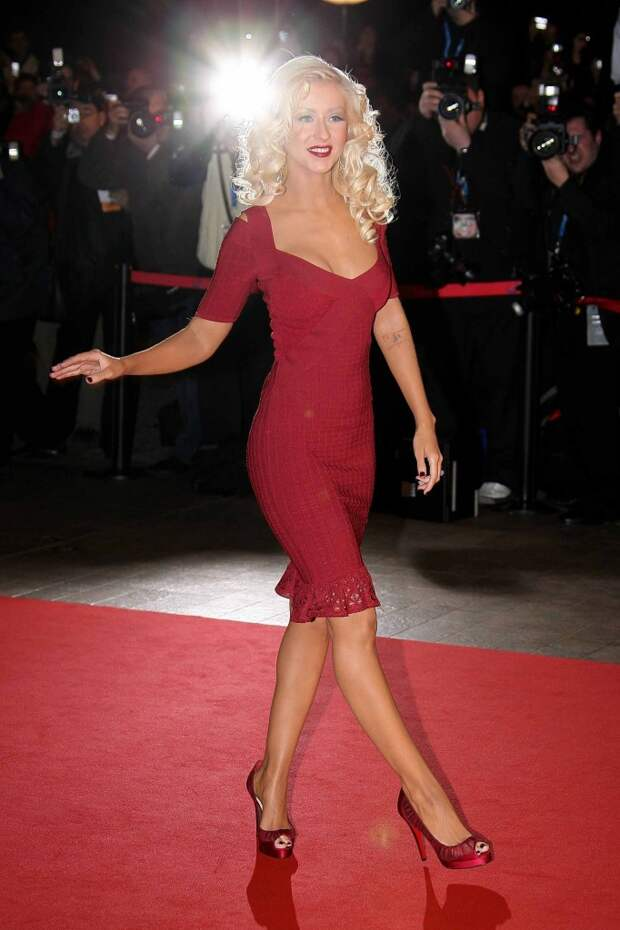 Christina Aguilera red dress