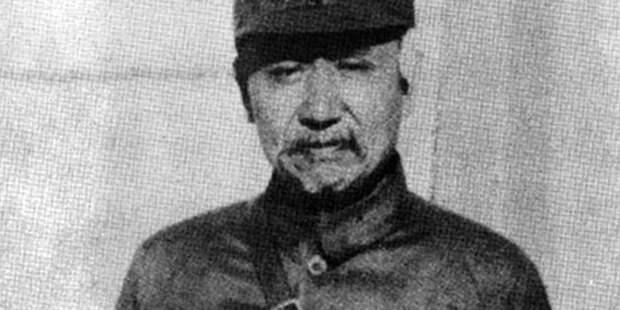 Янь Сишань в 1938 году