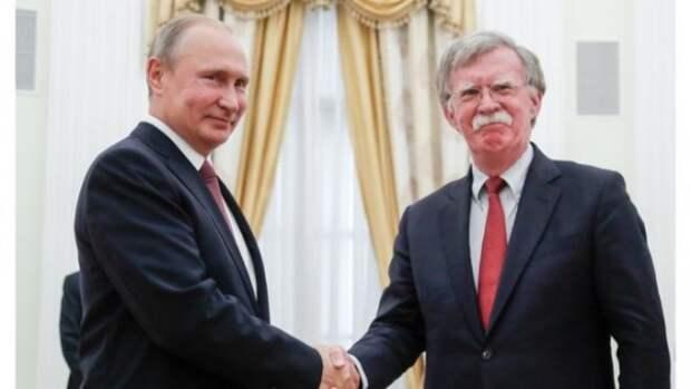 Путин остроумно пошутил на встрече с советником Трампа (ВИДЕО)
