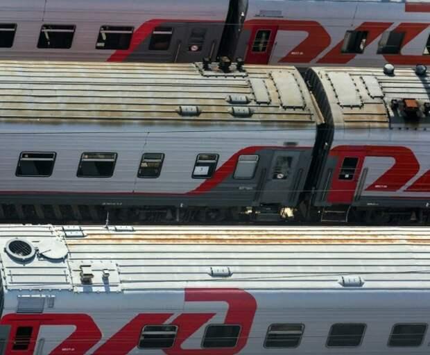 Пассажирам верхних полок в поездах милостиво разрешат сидеть на нижних