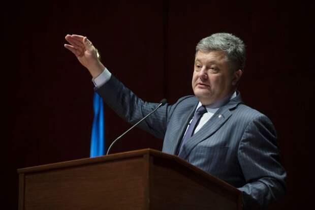 Порошенко назвал армию Украины одной из самых мощных на континенте