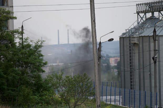 Украина обстреляла село в Донбассе из тяжелой артиллерии