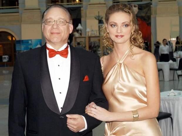 75-летний композитор Максим Дунаевский нашёл себе молодую невестку