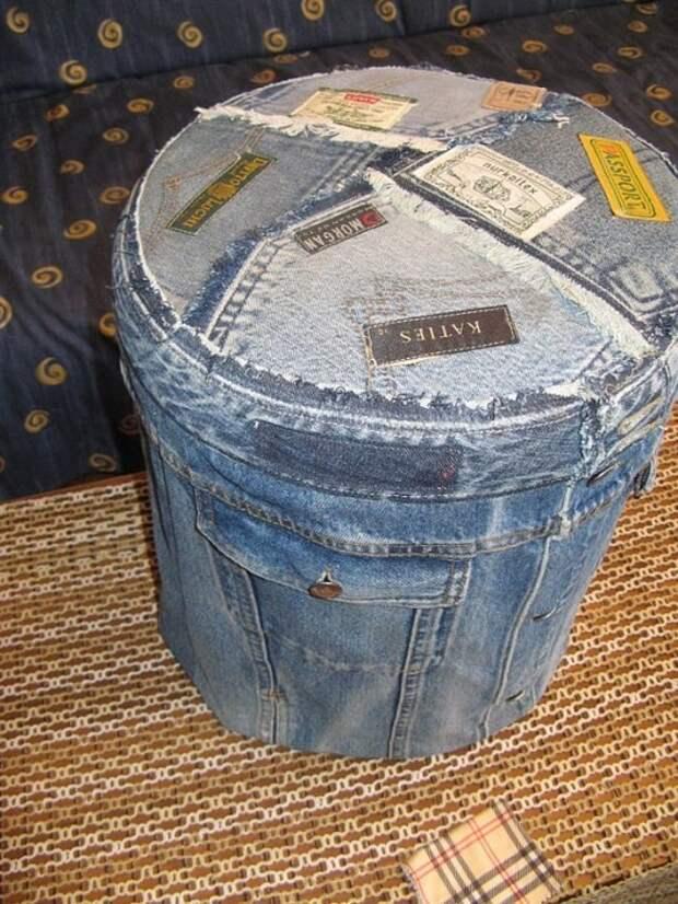 Пуф из джинсов