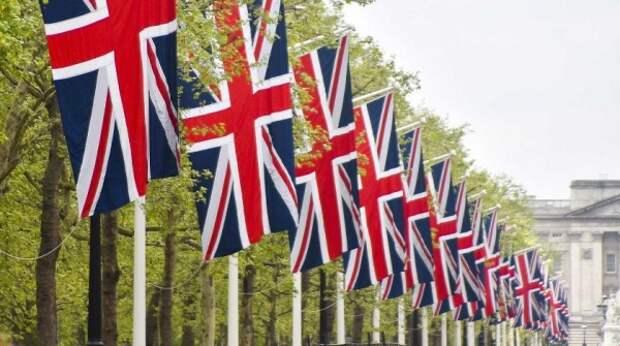 """Лондон пригрозил Москве """"реальными последствиями"""" за враждебные действия"""