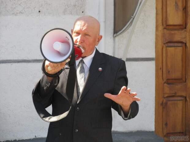 С трибуны ЗакСобрания пахнуло ксенофобией