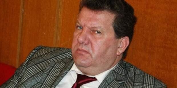 «Патологическая любовь к власти»: Политолог объяснил, почему экс-глава правительства Крыма Куницын поменял идеологию и встал на сторону украинских националистов