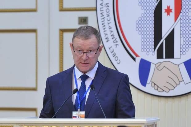 Глава Завьяловского района Андрей Коняшин ушел в отставку