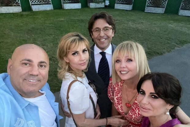 Иосиф Пригожин показал фото звездных гостей на юбилее Анатолия Кучерены
