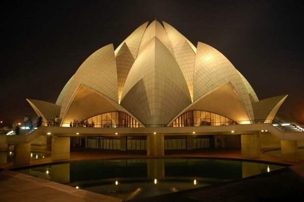 20 невероятно красивых храмов.