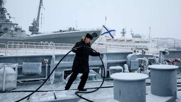 Северный флот начал учения в Арктике