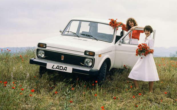 Известен первый автомобиль среднестатистического россиянина (и это белая Лада!)