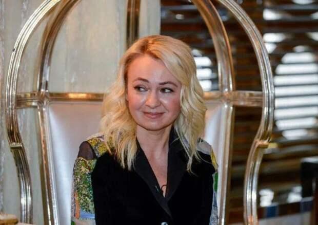 Плющенко предложил неспособной забеременеть Рудковской усыновить ребенка
