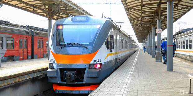 Расписание поездов от «Гражданской» изменится по 13 мая