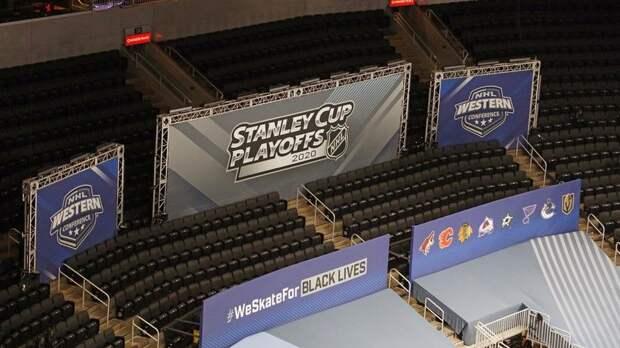 НХЛ отложила плей-офф до 30 августа из-за стрельбы полиции в темнокожего американца