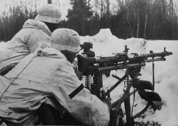 «Немцы-камикадзе»: как против Красной Армии воевали смертники Гитлера