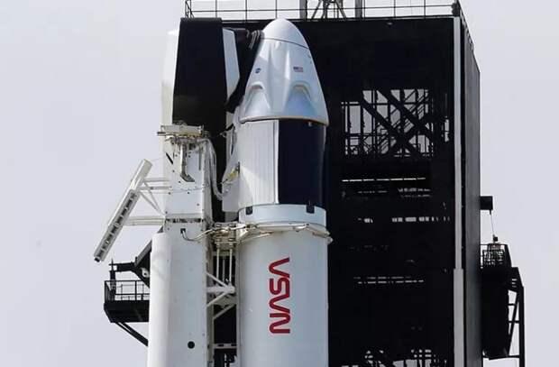 Запуск к МКС корабля Crew Dragon-2 перенесли на сутки из-за погоды