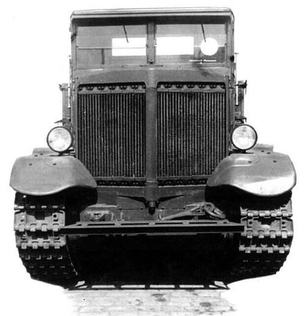«Ворошиловец» Легендарный трактор особого назначения
