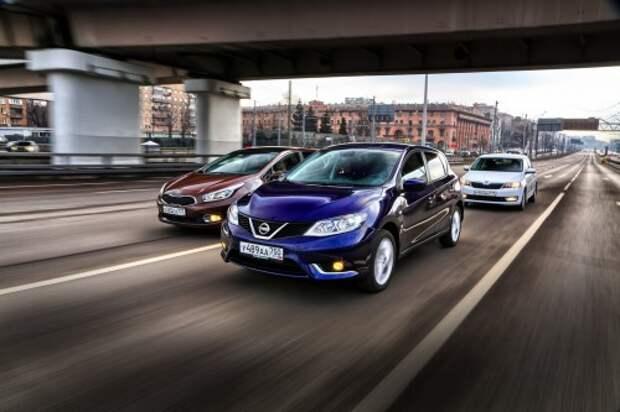 Nissan Tiida против Kia cee'd и Skoda Rapid: разведка боем