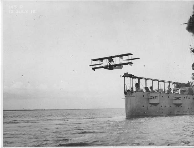 1916 catapult sea plane.jpg