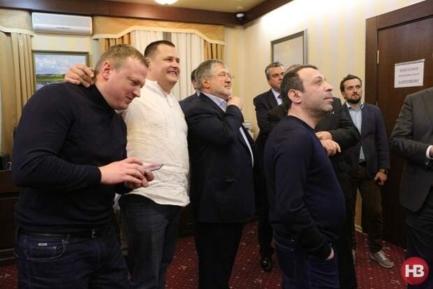 Украина-2021: кошельки, блоки реваншистов и Зеленский