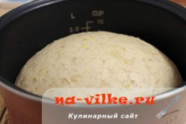 Хлеб со злаками в мультиварке