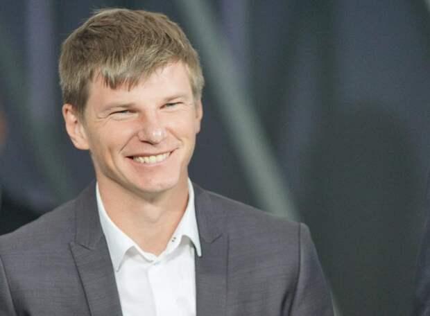 АРШАВИН: Два раза уговаривал Кузяева остаться в «Зените» - не получится, я расстроюсь. Далер, не совершай ошибку