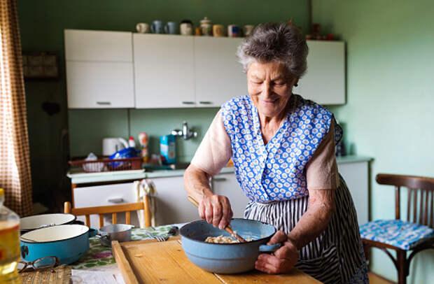 Для пенсионеров из Южного Медведкова запустили кулинарные мастер-классы в формате «онлайн»