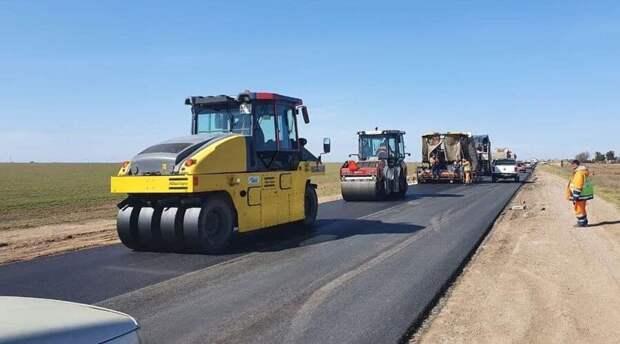 Десятикилометровый участок дороги Симферополь-Евпатория отремонтируют за 205 млн рублей
